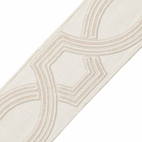 "BORDERS/TAPES - 2.75"" OGEE EMBROIDERED BORDER - 21"