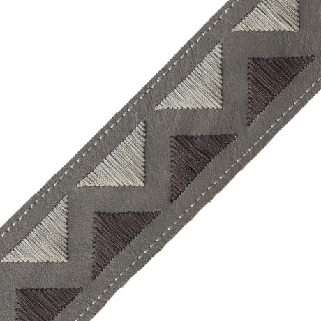 BORDERS/TAPES - PYRAMID EMBROIDERED BORDER - 04
